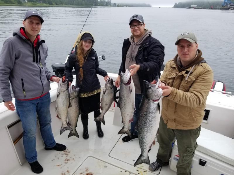 Ucluelet-Charter-Fishing-West-Coast-Charter-Fishing-Salmon