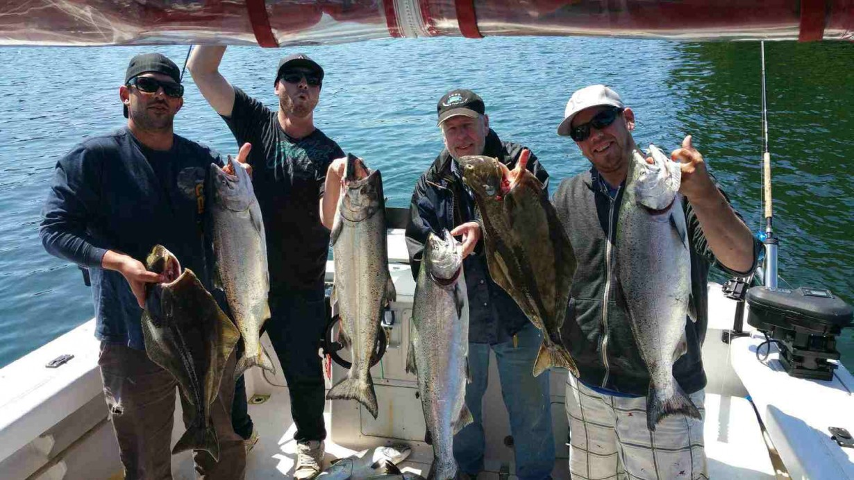 Ucluelet salmon fishing Hot Pursuit Charters.ca